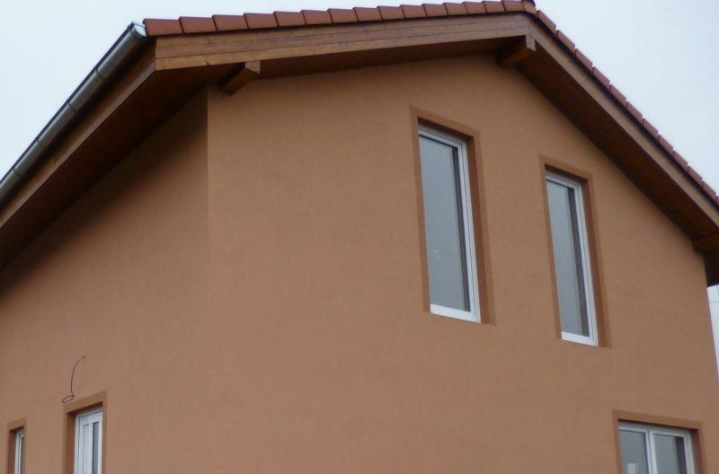 Palubky na podbití střechy